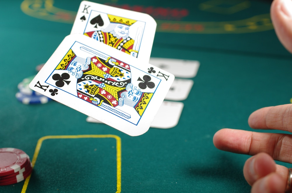 Dip Into Legal & Real Cash Casino Poker Sites
