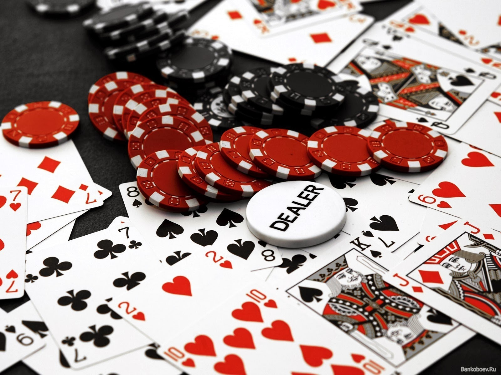 Seven Ways Online Casino Can Make You Invincible