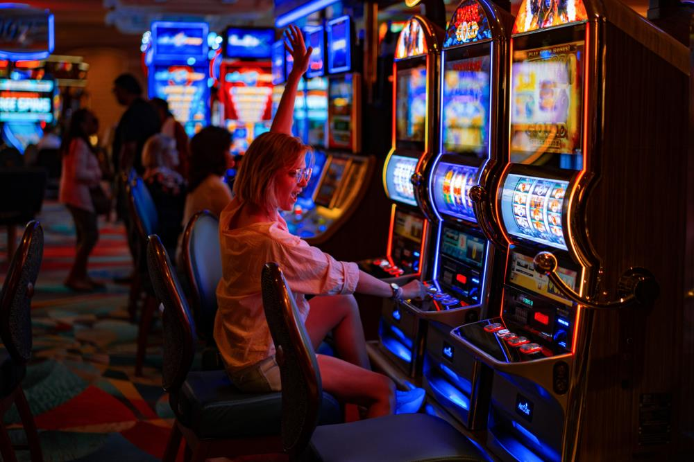 How to get the bonus to play your desired slot game?